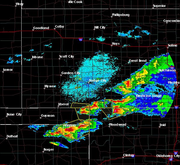 Radar Image for Severe Thunderstorms near Englewood, KS at 5/7/2020 9:50 PM CDT