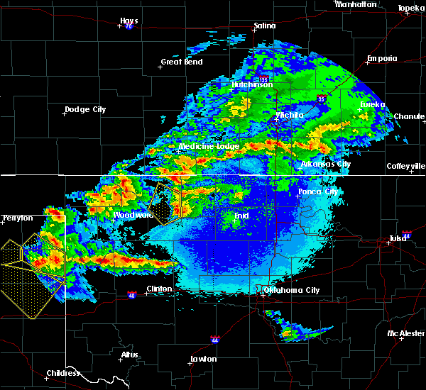 Radar Image for Severe Thunderstorms near Cleo Springs, OK at 5/7/2020 10:43 PM CDT