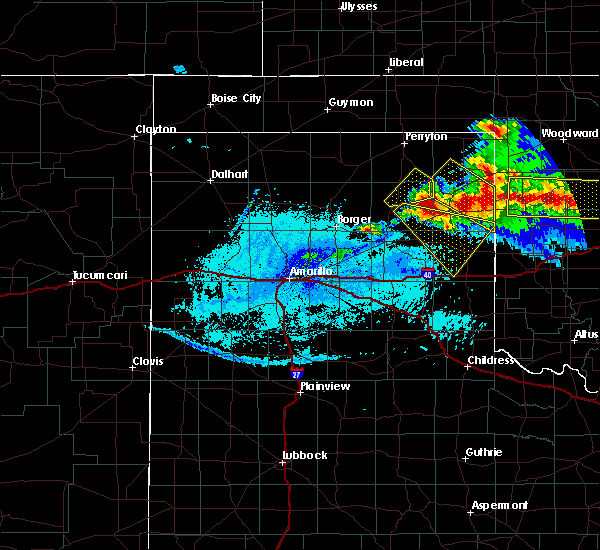 Radar Image for Severe Thunderstorms near Canadian, TX at 5/7/2020 10:52 PM CDT