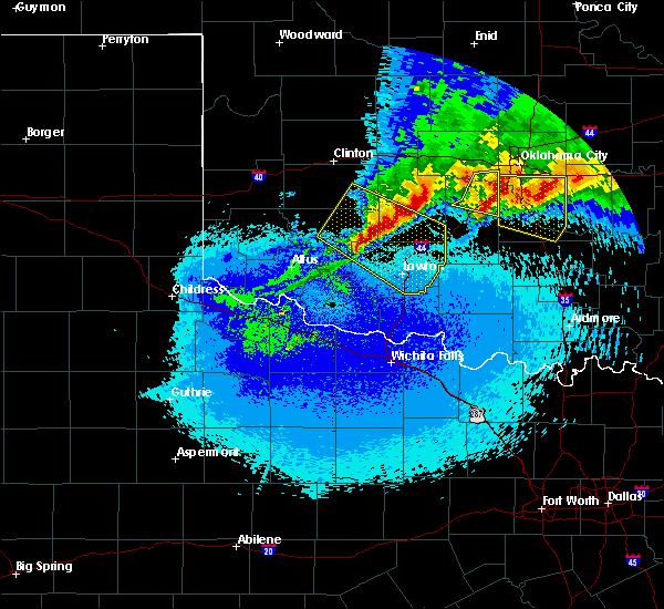 Radar Image for Severe Thunderstorms near Cement, OK at 5/8/2020 1:08 AM CDT