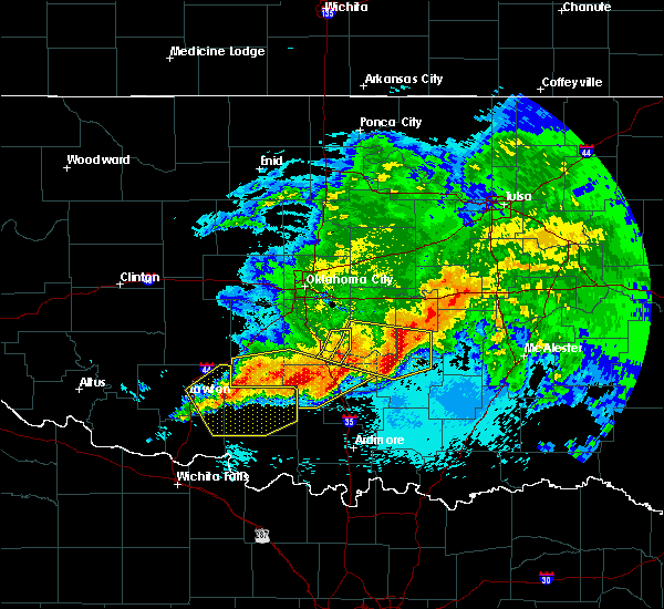 Radar Image for Severe Thunderstorms near Stonewall, OK at 5/8/2020 2:01 AM CDT
