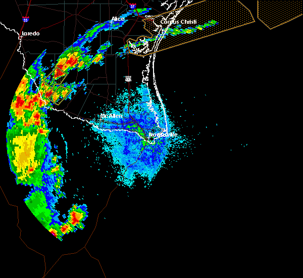Radar Image for Severe Thunderstorms near Los Arrieros, TX at 5/8/2020 8:44 PM CDT