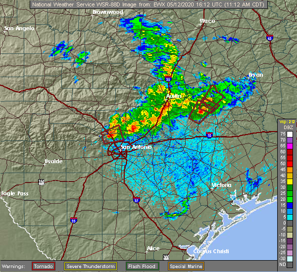 Radar Image for Severe Thunderstorms near New Braunfels, TX at 5/12/2020 11:17 AM CDT