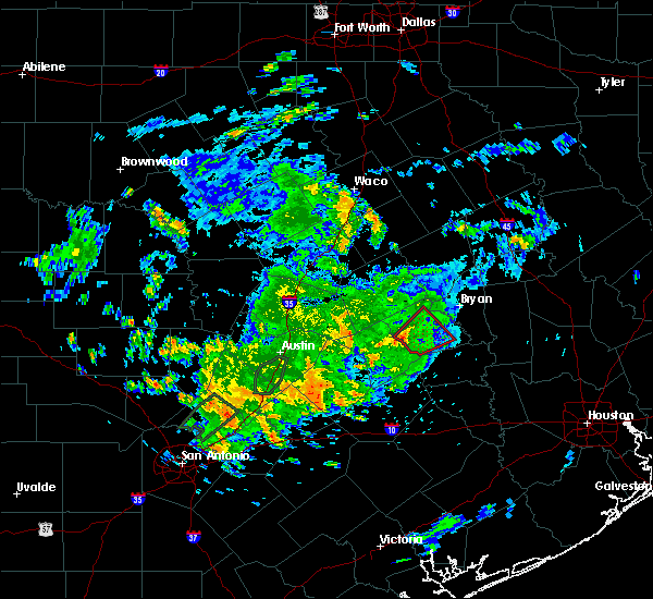 Radar Image for Severe Thunderstorms near Caldwell, TX at 5/12/2020 12:50 PM CDT