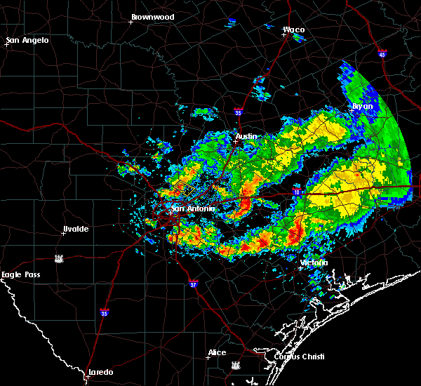 Radar Image for Severe Thunderstorms near Bulverde, TX at 5/12/2020 6:27 PM CDT