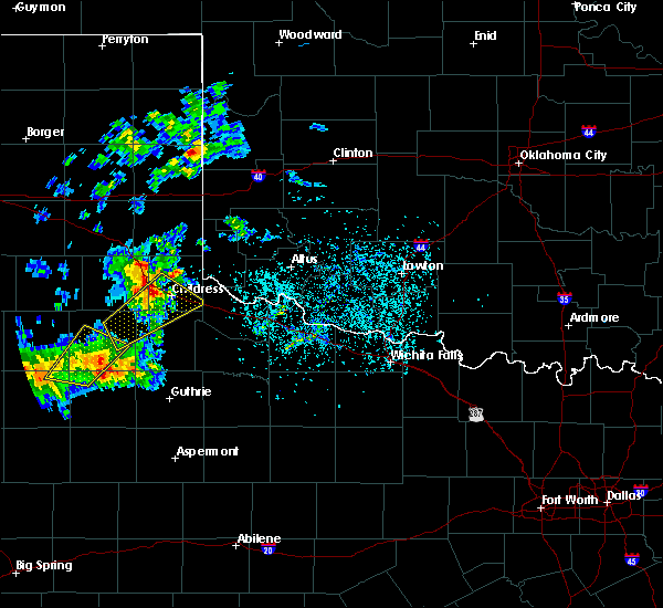 Radar Image for Severe Thunderstorms near Childress, TX at 5/13/2020 6:31 PM CDT