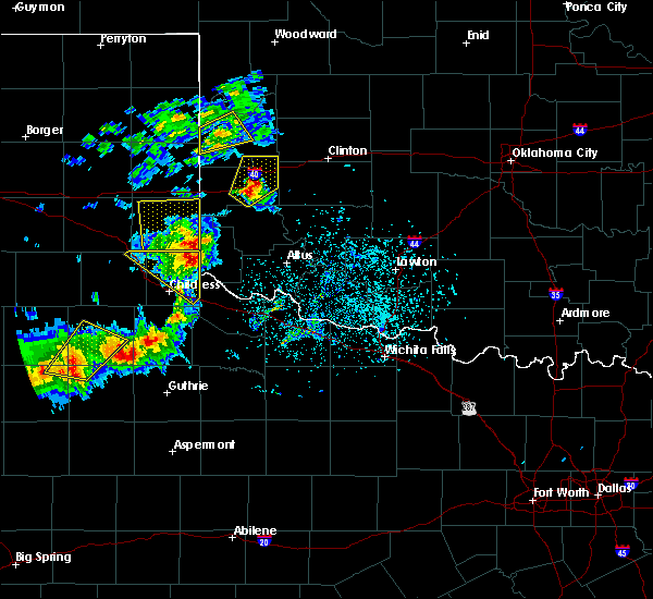 Radar Image for Severe Thunderstorms near Hollis, OK at 5/13/2020 7:00 PM CDT