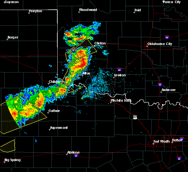 Radar Image for Severe Thunderstorms near Gotebo, OK at 5/13/2020 8:14 PM CDT