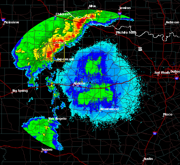 Radar Image for Severe Thunderstorms near Guthrie, TX at 5/13/2020 9:43 PM CDT