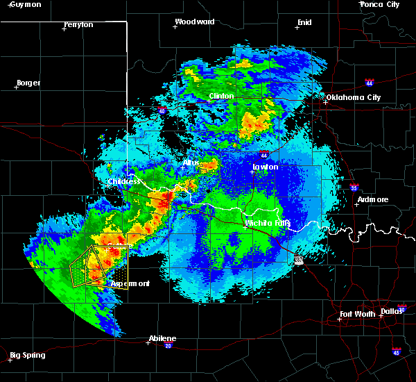 Radar Image for Severe Thunderstorms near Chillicothe, TX at 5/13/2020 9:47 PM CDT