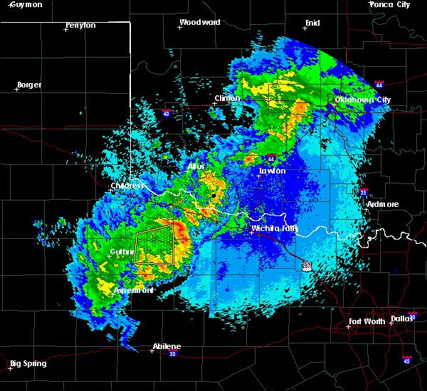 Radar Image for Severe Thunderstorms near Vernon, TX at 5/13/2020 11:00 PM CDT