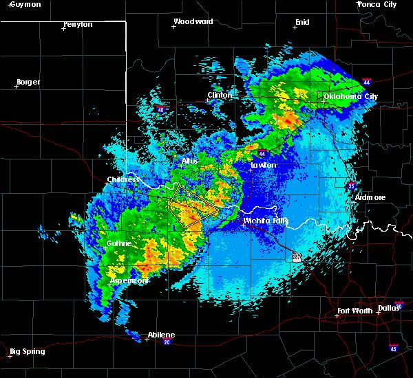 Radar Image for Severe Thunderstorms near Vernon, TX at 5/13/2020 11:16 PM CDT