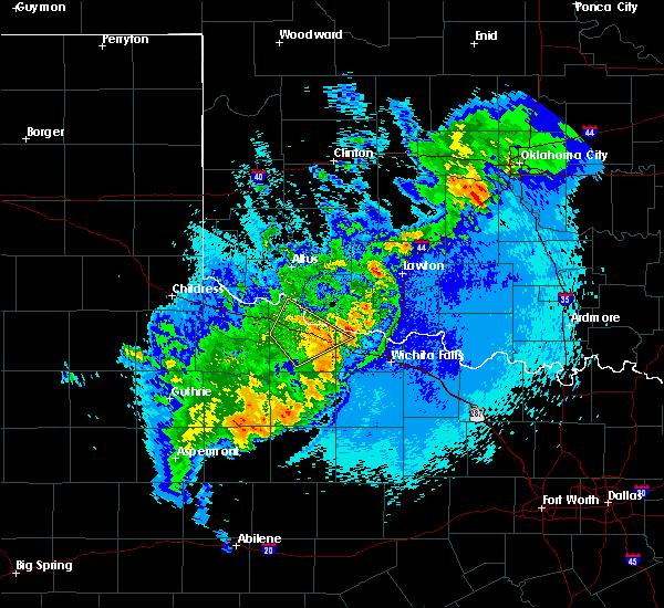 Radar Image for Severe Thunderstorms near Vernon, TX at 5/13/2020 11:26 PM CDT