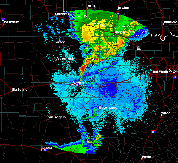 Radar Image for Severe Thunderstorms near Woodson, TX at 5/14/2020 1:04 AM CDT