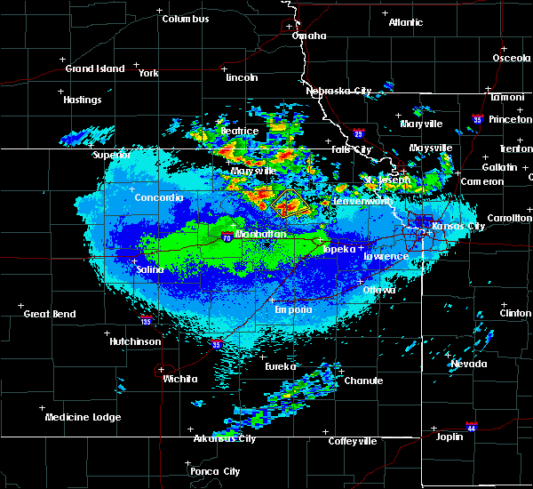 Radar Image for Severe Thunderstorms near Denison, KS at 5/14/2020 2:21 AM CDT