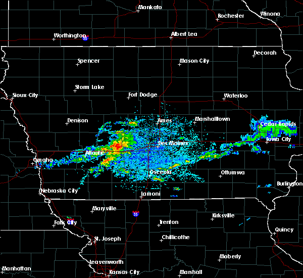 Radar Image for Severe Thunderstorms near Stuart, IA at 5/14/2020 3:38 PM CDT