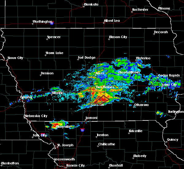Radar Image for Severe Thunderstorms near Lacona, IA at 5/14/2020 5:09 PM CDT