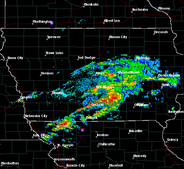 Radar Image for Severe Thunderstorms near Melcher-Dallas, IA at 5/14/2020 5:48 PM CDT