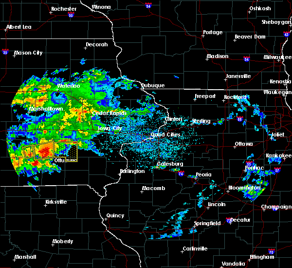 Radar Image for Severe Thunderstorms near Sigourney, IA at 5/14/2020 6:45 PM CDT