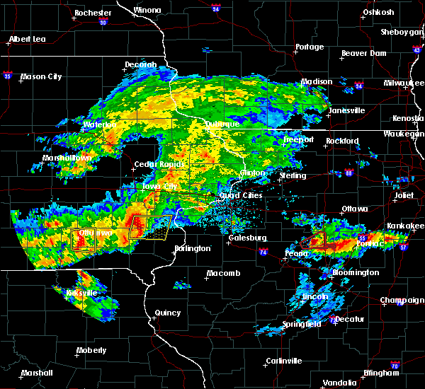 Radar Image for Severe Thunderstorms near Mount Union, IA at 5/14/2020 8:24 PM CDT
