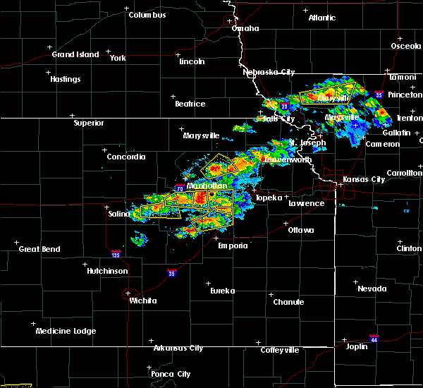 Radar Image for Severe Thunderstorms near Onaga, KS at 5/14/2020 8:36 PM CDT