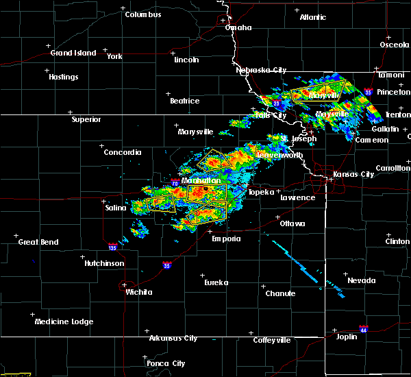Radar Image for Severe Thunderstorms near Eskridge, KS at 5/14/2020 8:41 PM CDT