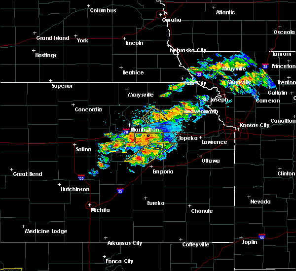 Radar Image for Severe Thunderstorms near White City, KS at 5/14/2020 8:51 PM CDT