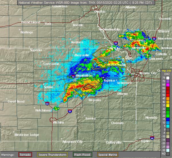 Radar Image for Severe Thunderstorms near Powhattan, KS at 5/14/2020 9:31 PM CDT