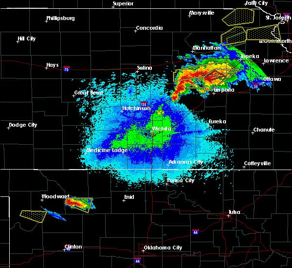 Radar Image for Severe Thunderstorms near Strong City, KS at 5/14/2020 9:29 PM CDT