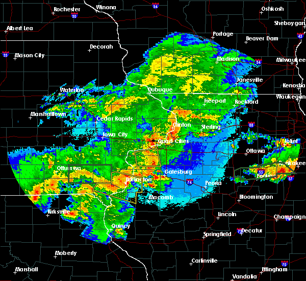 Radar Image for Severe Thunderstorms near Middletown, IA at 5/14/2020 9:46 PM CDT