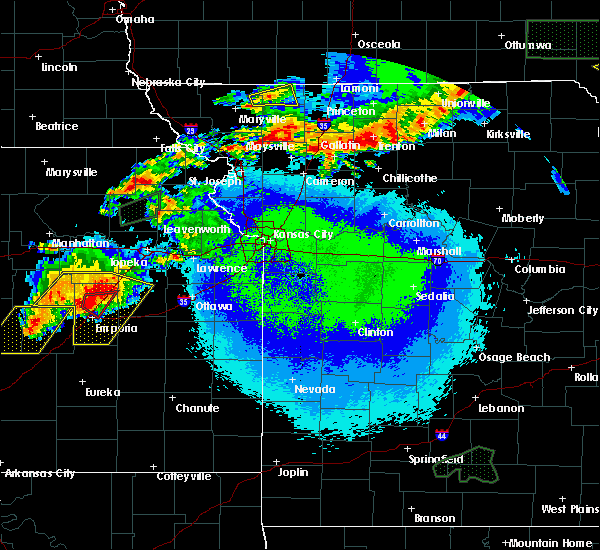 Radar Image for Severe Thunderstorms near McFall, MO at 5/14/2020 9:50 PM CDT