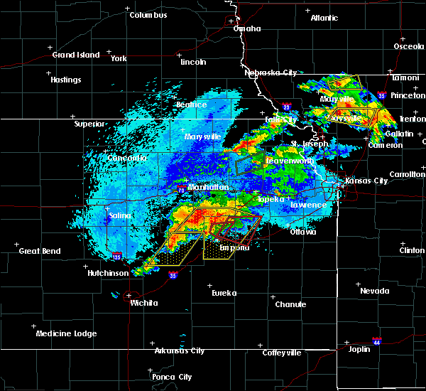 Radar Image for Severe Thunderstorms near Bushong, KS at 5/14/2020 10:00 PM CDT