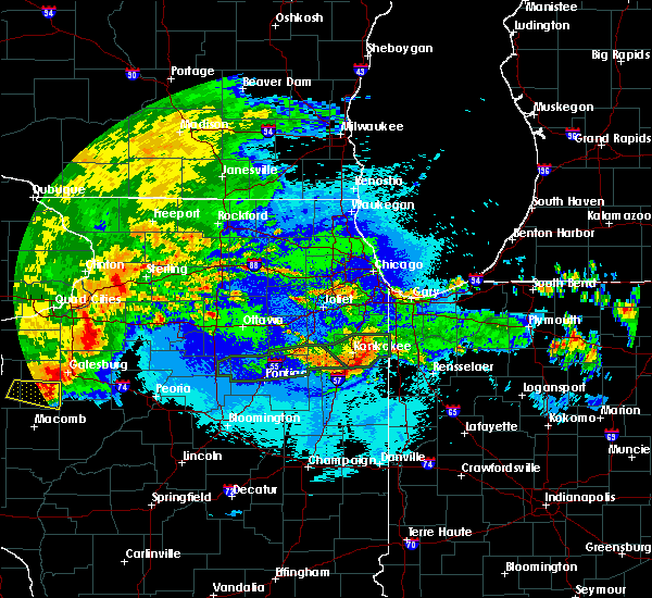 Radar Image for Severe Thunderstorms near Lake Village, IN at 5/14/2020 10:22 PM CDT