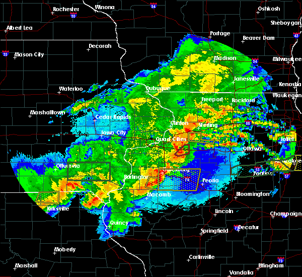 Radar Image for Severe Thunderstorms near Harmon, IL at 5/14/2020 10:29 PM CDT