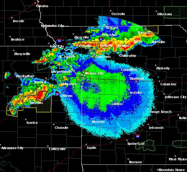 Radar Image for Severe Thunderstorms near Gibbs, MO at 5/14/2020 10:32 PM CDT