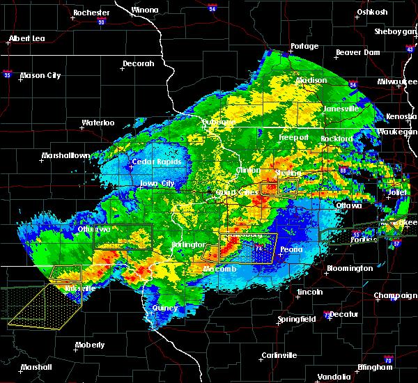 Radar Image for Severe Thunderstorms near Oak Run, IL at 5/14/2020 10:42 PM CDT