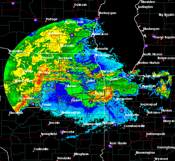 Radar Image for Severe Thunderstorms near Lake Village, IN at 5/14/2020 10:48 PM CDT