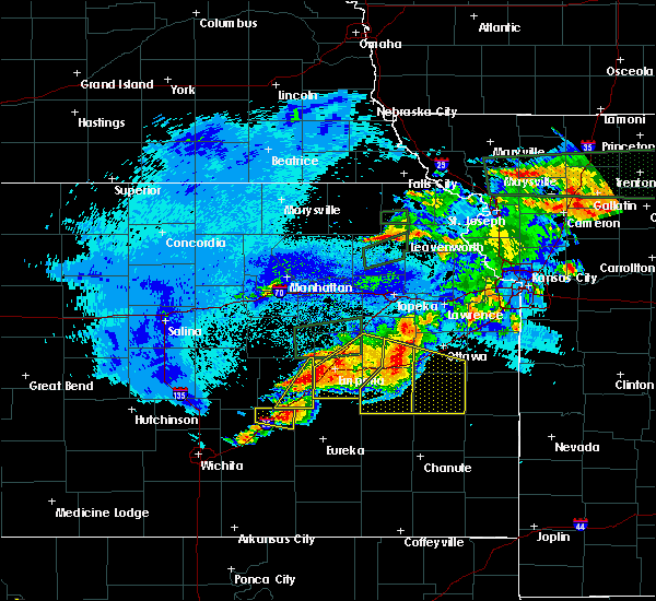 Radar Image for Severe Thunderstorms near Hamilton, KS at 5/14/2020 10:51 PM CDT