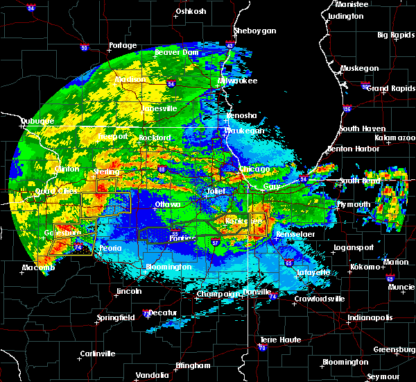 Radar Image for Severe Thunderstorms near Lake Village, IN at 5/14/2020 10:54 PM CDT