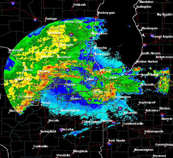 Radar Image for Severe Thunderstorms near Waterman, IL at 5/14/2020 11:00 PM CDT