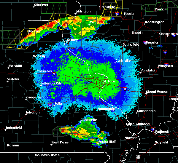 Radar Image for Severe Thunderstorms near Eminence, MO at 5/14/2020 11:04 PM CDT