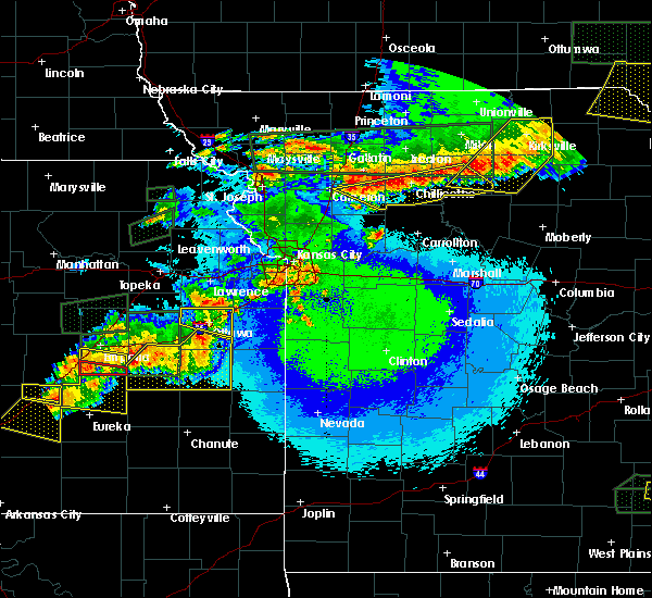 Radar Image for Severe Thunderstorms near Paola, KS at 5/14/2020 11:23 PM CDT