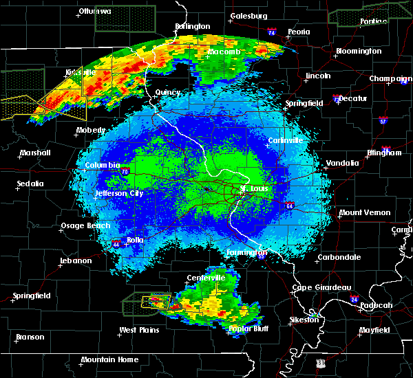 Radar Image for Severe Thunderstorms near Eminence, MO at 5/14/2020 11:42 PM CDT