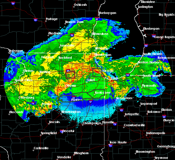 Radar Image for Severe Thunderstorms near Big Rock, IL at 5/15/2020 12:06 AM CDT