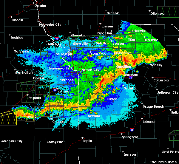 Radar Image for Severe Thunderstorms near La Monte, MO at 5/15/2020 12:48 AM CDT