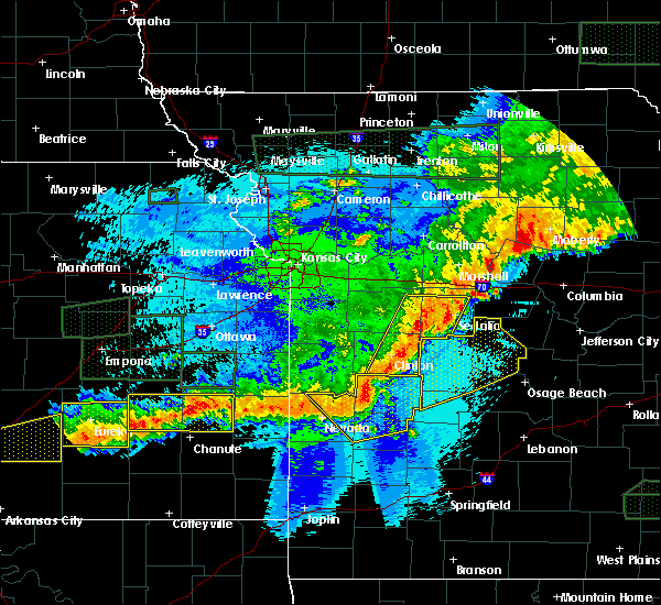 Radar Image for Severe Thunderstorms near Wooldridge, MO at 5/15/2020 1:21 AM CDT