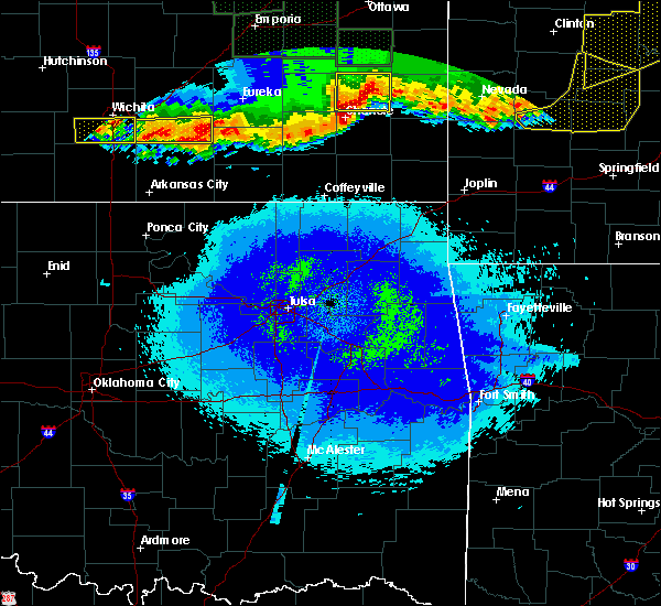 Radar Image for Severe Thunderstorms near St. Paul, KS at 5/15/2020 1:54 AM CDT
