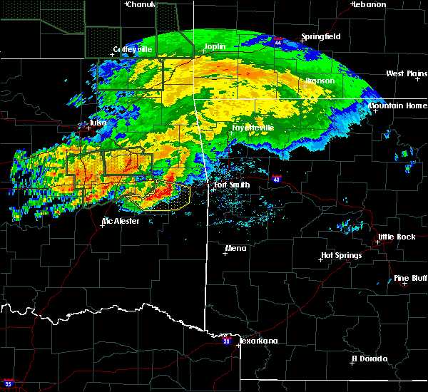 Radar Image for Severe Thunderstorms near Cowlington, OK at 5/15/2020 11:55 AM CDT