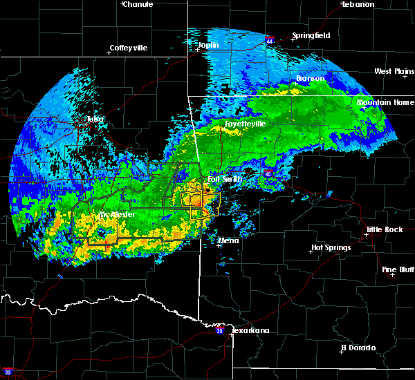 Radar Image for Severe Thunderstorms near Huntington, AR at 5/15/2020 3:09 PM CDT