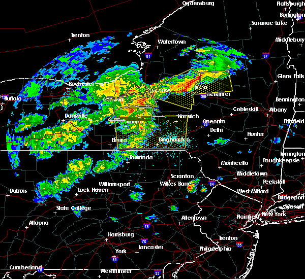 Radar Image for Severe Thunderstorms near Cayuga Heights, NY at 5/15/2020 4:34 PM EDT